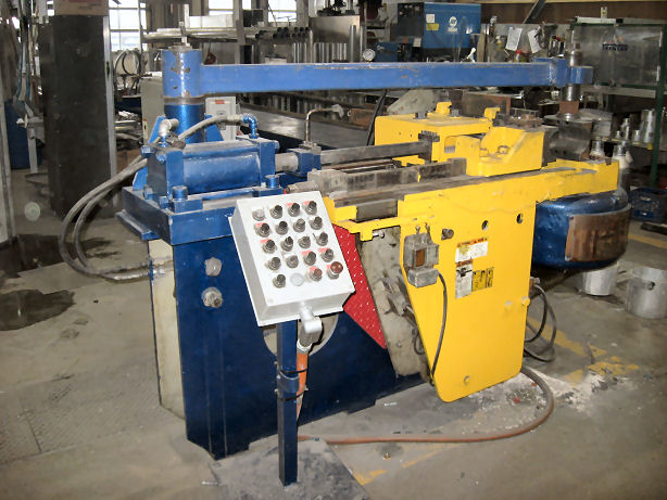 6 PINES 4,6 OD X .250 WALL,15 HP,MANDREL EXTRACTOR, PRESSURE DIE ASSIST, 1969