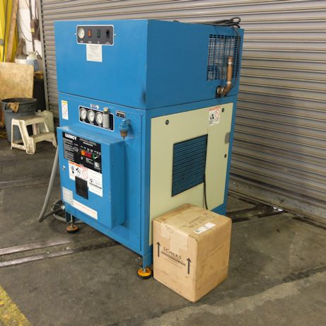 39 CFM, 175 PSI, QUINCY, No. QMB-T, 10 HP, BUILT IN DRYER, AUTO DIAL CONT.,2004